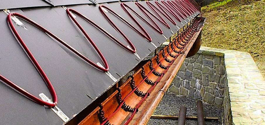 Греющий кабель для снеготаяния на крыше дома
