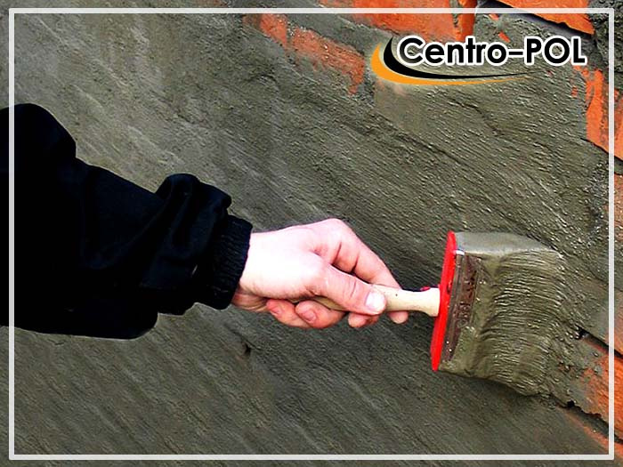 Нанесение обмазочной изоляции на цементной основе