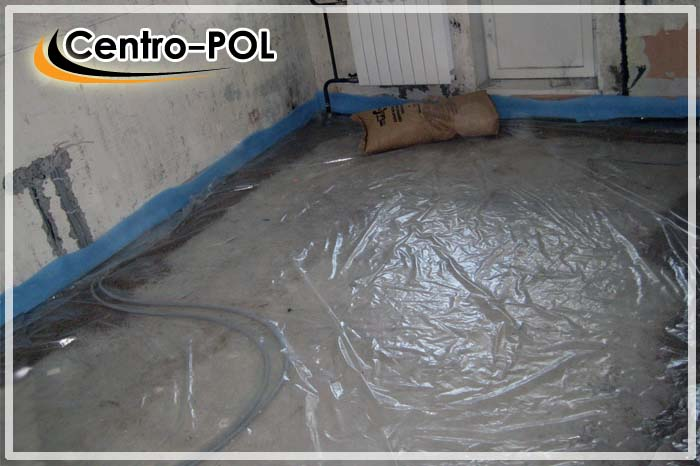 Укладка гидроизоляционной пленки