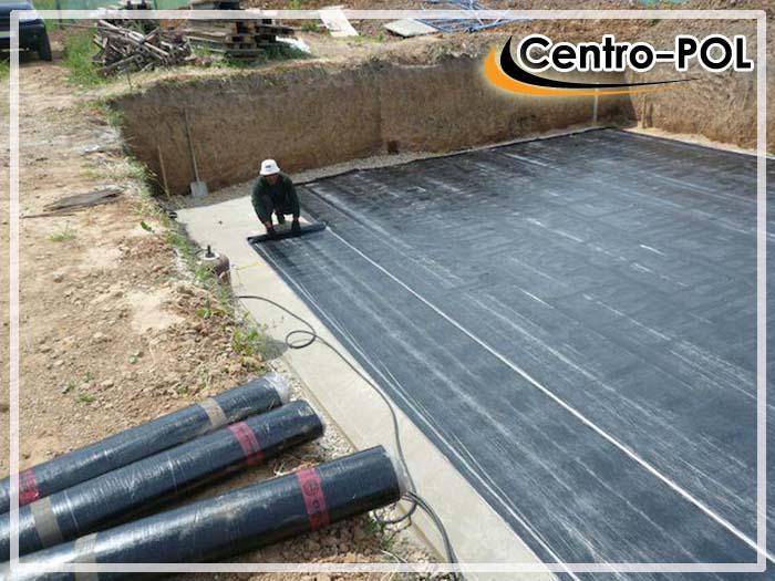 Укладка рулонной гидроизоляции на плитный фундамент