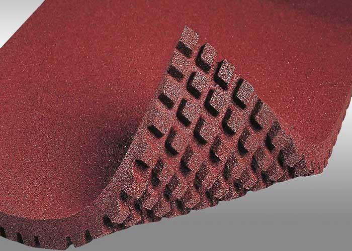 резиновое напольное рулонное покрытие