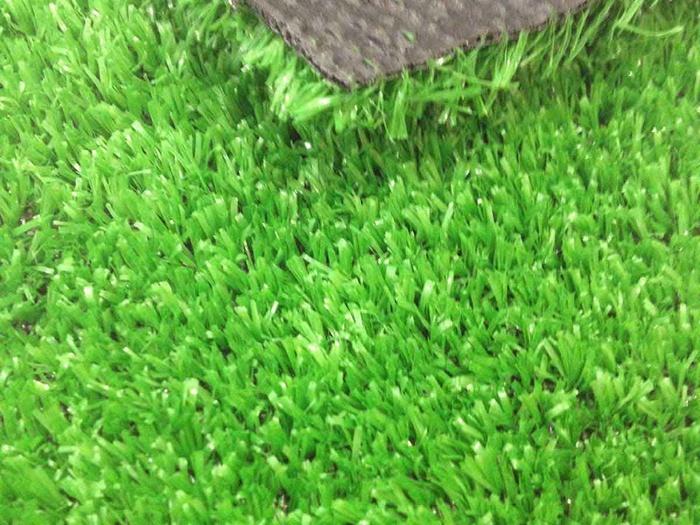 ковролин зеленый трава