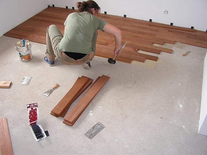пол в квартире под ламинат