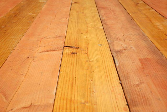 древесина для пола в гараже