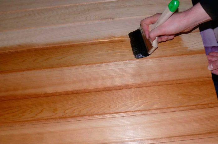обработка древесины перед укладкой