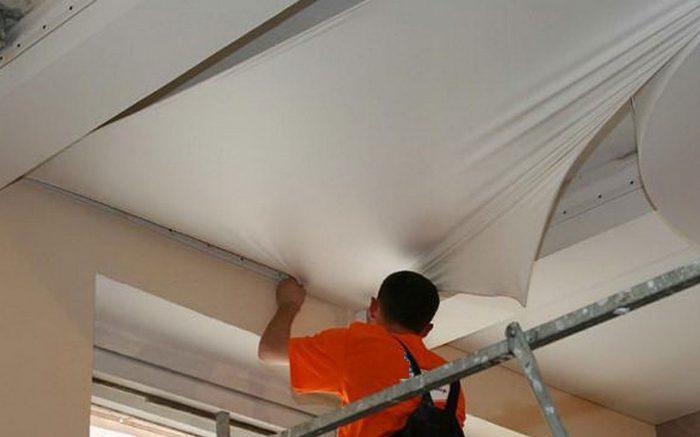 натяжные потолочные покрытия