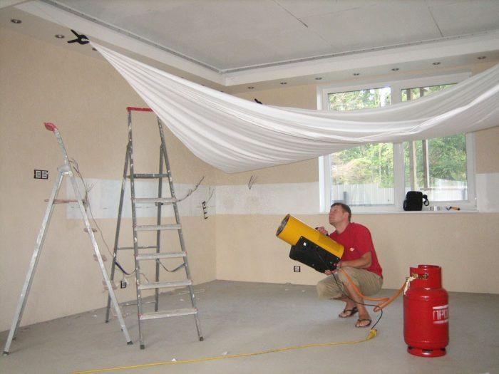 стоимость установки потолка