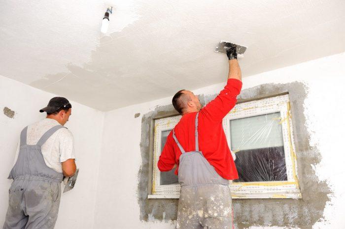 методы нанесения шпаклевки на потолок