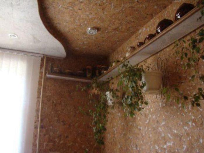 пробковая плитка для потолка