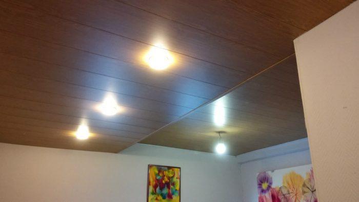 облицовка потолочной поверхности