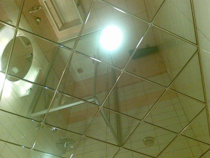 зеркальные полистирольные плиты