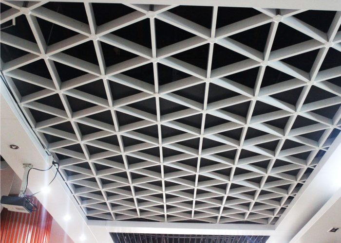 металлические кассетные потолки