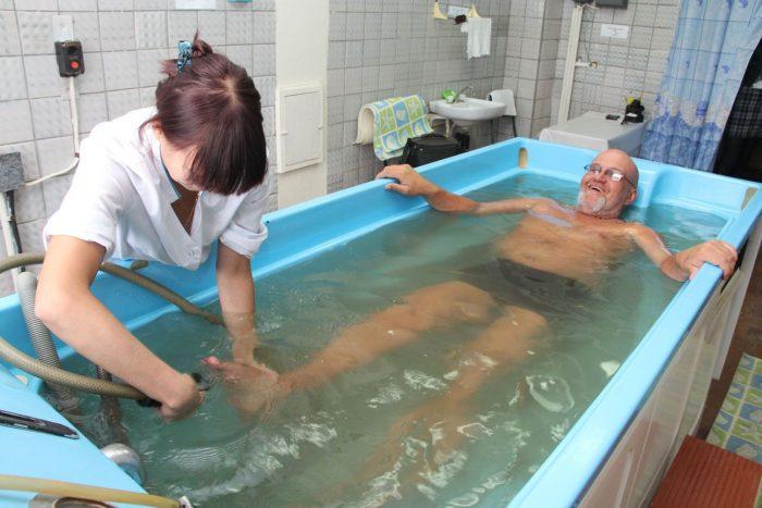 пенсионер в санатории