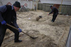 Выравнивание грунта под тротуарную плитку