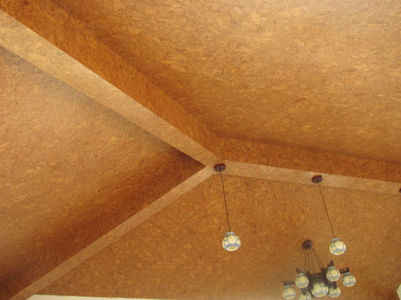 Пробка для потолка фото