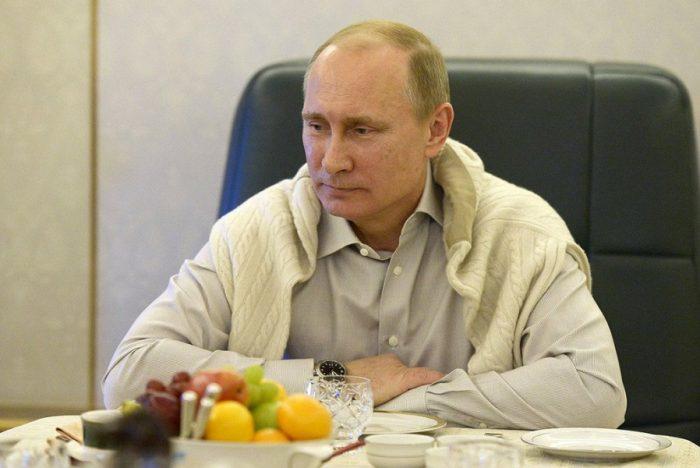 Путин рассказал, с кем живет сейчас