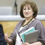 Депутат Госдумы пожаловалась на нехватку денег при зарплате в 380 тысяч рублей