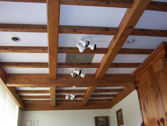 фальш-балки на потолке