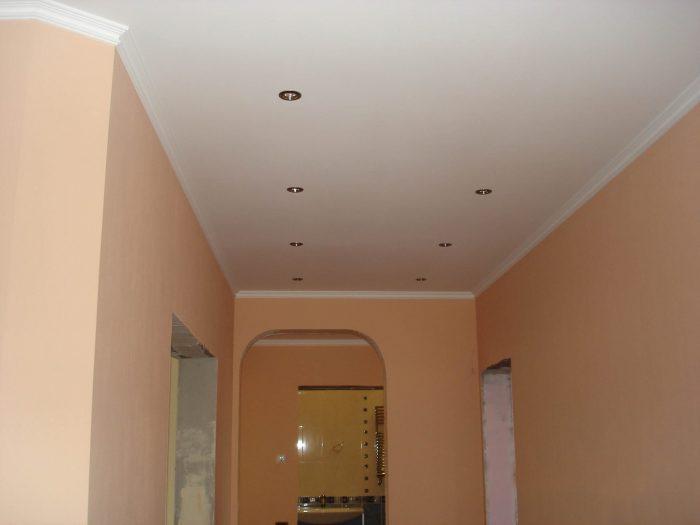 потолки из гипсокартона в коридоре