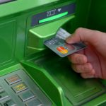 Мошенничество рядом с банкоматом и как не лишиться своих денег