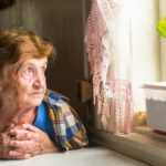 Как стариков оставляют без жилья