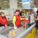 Незаконные требования кассира при оплате товаров на кассе