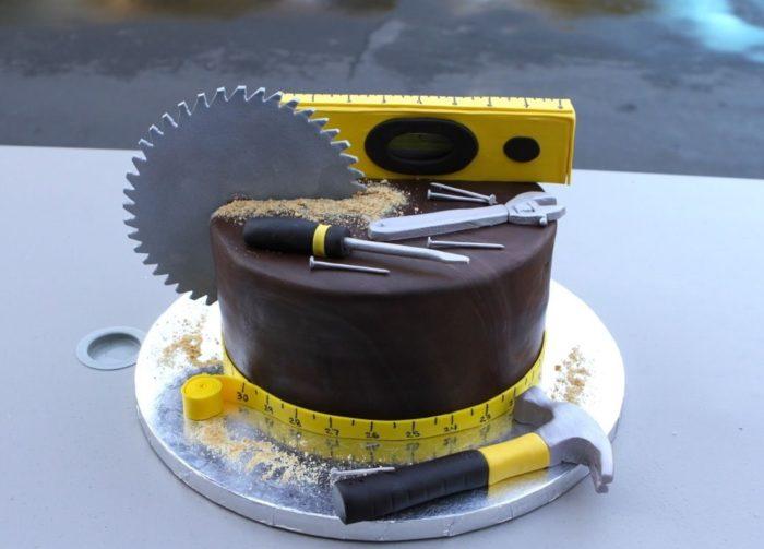 день строителя торт