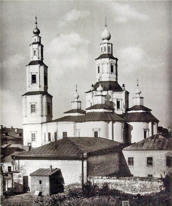 Крестовоздвиженский монастырь в Москве