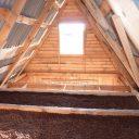 Плюсы и минусы утепления потолка керамзитом в частном деревянном доме