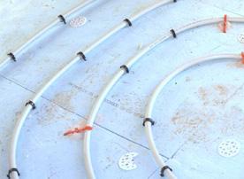 теплые полы водяные или электрические