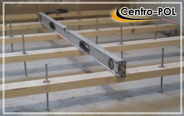 как выровнять бетонный пол фанерой