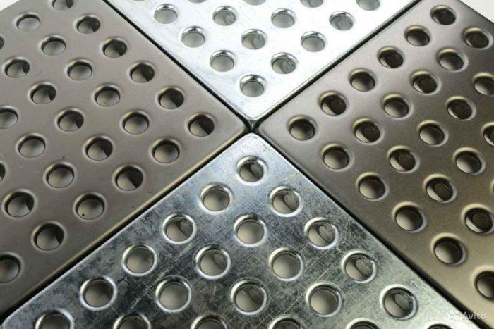 плитка металлическая для пола