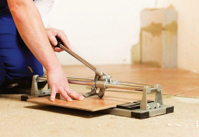 принцип действия ручного плиткореза